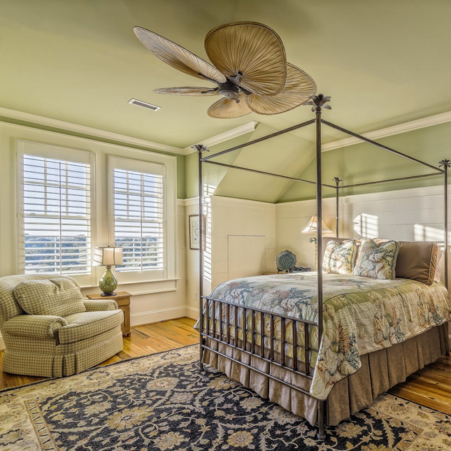 7 Ceiling fans that seamlessly blend with your home décor style